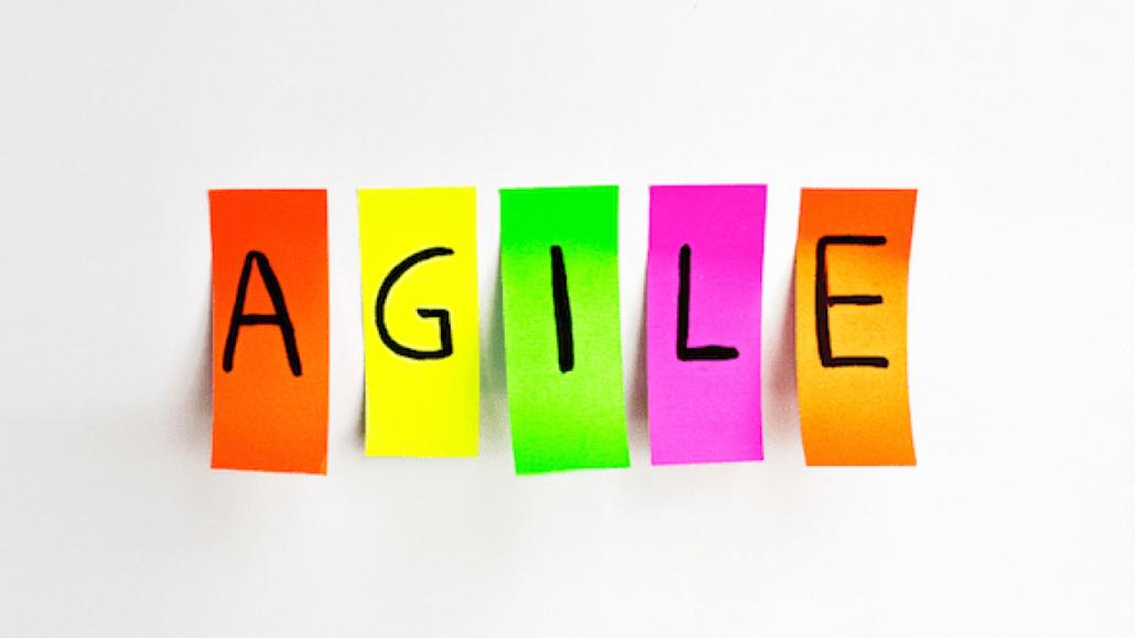 De forma simples, podemos dizer que o Agile é um mindset, um conjunto de princípios e valores que norteia a forma de se enxergar as organizações